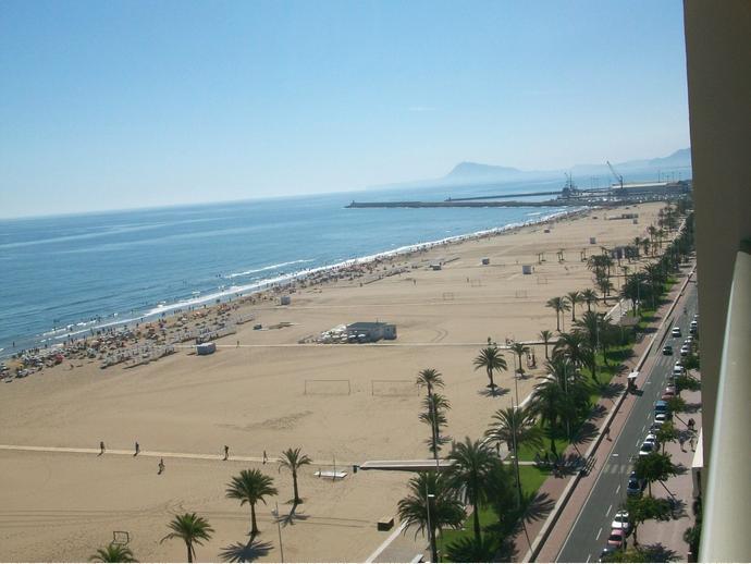 Apartamento en gandia en playa de gandia en paseo maritimo neptuno 65 136563423 fotocasa - Apartamentos en gandia playa ...