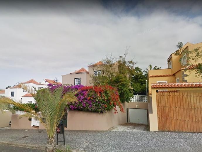 Foto 2 de Casa adosada de alquiler en Calle Bergantín, 21 Playa Jardín, Santa Cruz de Tenerife