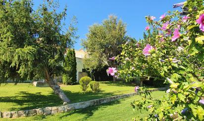 Casa adosada de alquiler con opción a compra en Calle Robles, Guadalix de la Sierra