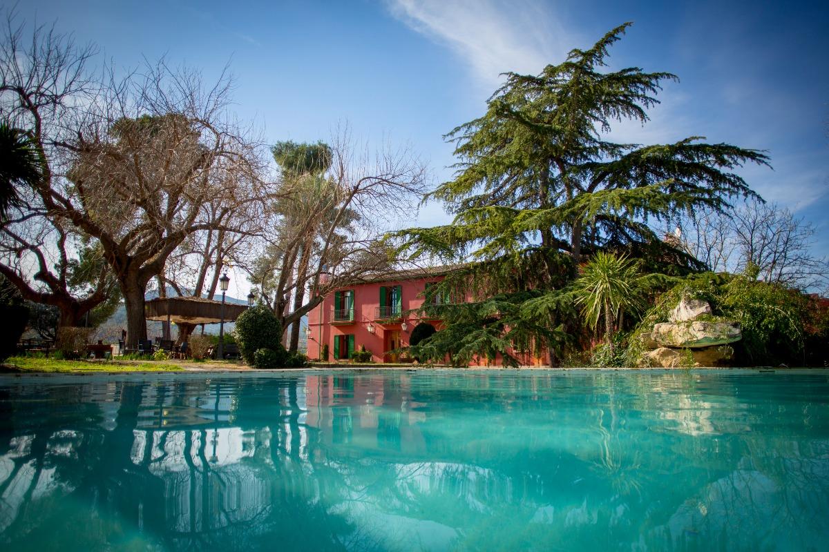 Casa  Plaza poligono 11. Precio de venta inmediata € 850,000 .... ¡¡¡este es el precio de