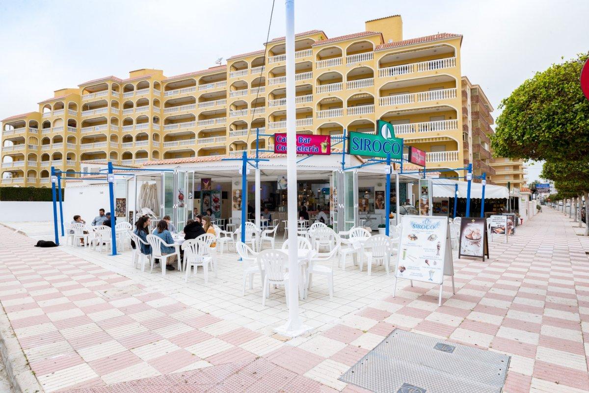 Local Comercial  Avenida borrons dels, 10. Local comercial con terraza de invierno y de verano en la playa