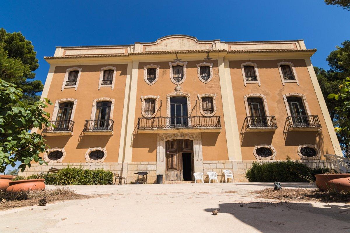 Casa  Cv 660, km 6,7. Hacienda de viñedos para un sueño en la toscana valenciana