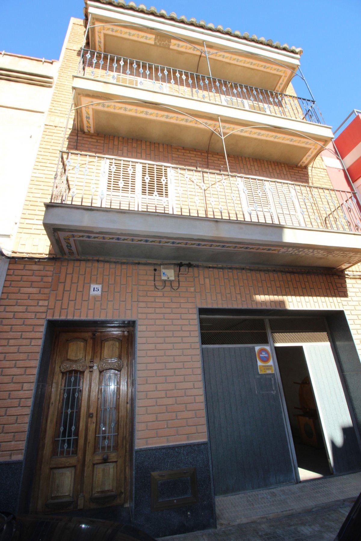 Casa  Calle bernabé polo, 15. Entre el mar y la montaña