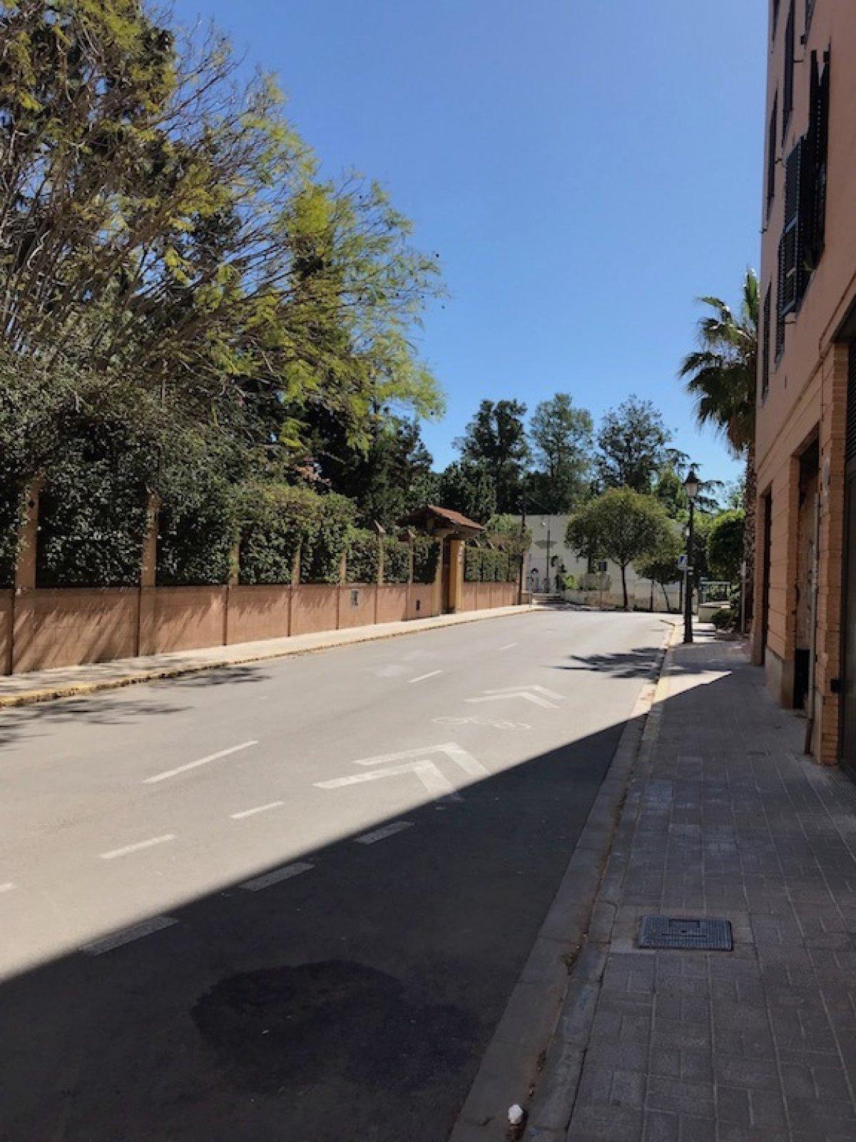Location Local commercial  Calle dr eugenio lopez-trigo, 4. Excelente oportunidad!!!! quieres un local de 200m, lo tenemos p