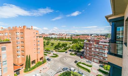 Áticos en venta con jardín en España