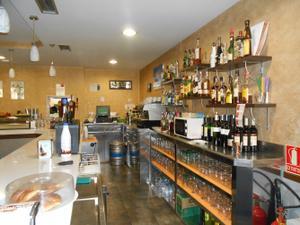 Local comercial en Traspaso en Casco Histórico - Alfonso / Montecanal - Valdespartera - Arcosur