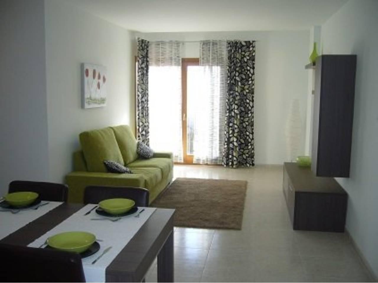 Flat  Sa pobla. Superf. 114 m²,  4 habitaciones (3 dobles,  1 individual),  1 ba
