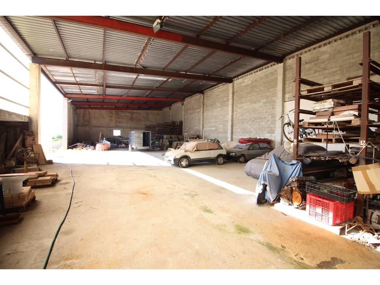 Nave industrial  Muro. Superf. 920 m², 920 m² solar, tipo de negocio industrial, planta
