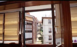 Piso en Alquiler en Resurrección Maria de Azkue / Lekeitio