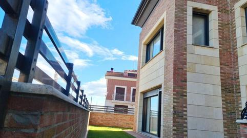 Foto 3 de Casa adosada en venta en Del Orden San Mamés de Burgos, Burgos