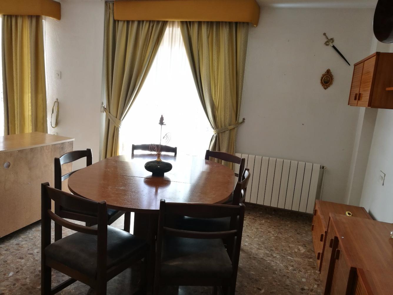 Affitto Appartamento  Crevillent, zona de - crevillent. Alquiler piso de 150 m2 por 350 €/mes!!