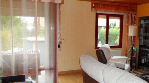 Foto 5 de Casa adosada en venta en Villariezo, Burgos