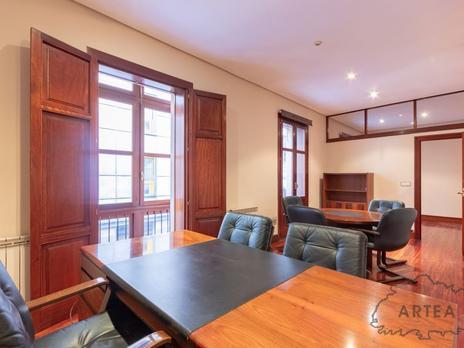 Oficines en venda a España
