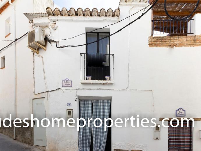 Foto 1 de Casa o chalet en venta en Calle Zoraba, 3 Albuñuelas, Granada