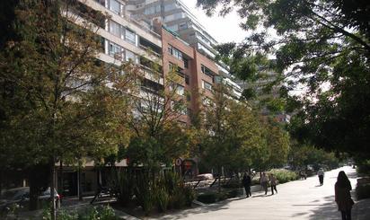 Oficina de alquiler en Constitución,  Granada Capital