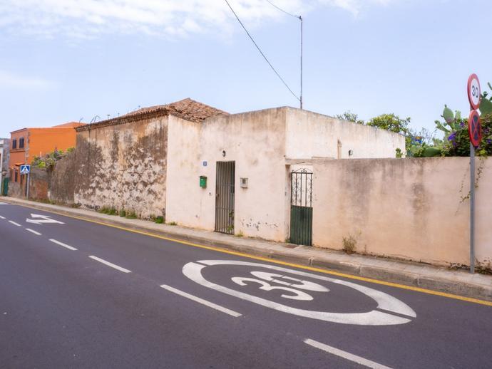 Foto 1 de Casa o chalet en venta en Camino San Lázaro, 33 San Cristóbal de La Laguna - La Vega - San Lázaro, Santa Cruz de Tenerife