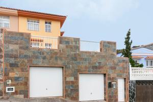 Casa adosada en Venta en Aceviño, 31 / El Sauzal