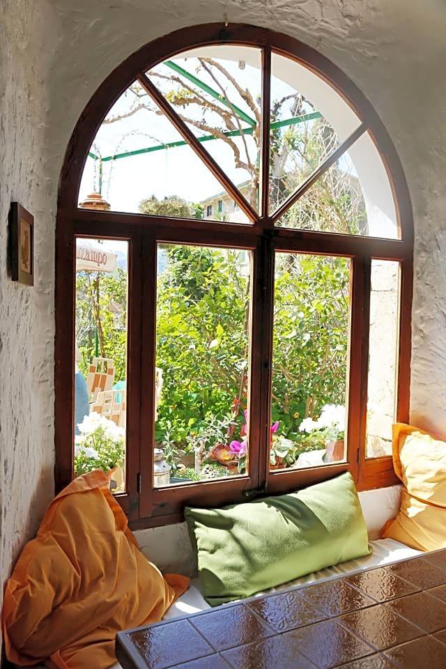Maison à Fornalutx. Preciosa casa de piedra en el enigmático pueblo de fornalutx.