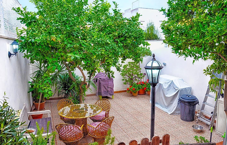 House  Calle carrer del poble espanyol. Precioso adosado en la demandada zona de son espanyolet. entrad