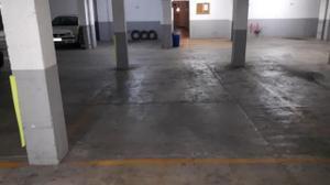 Garaje en Alquiler en America / Reina Victoria - Matadero