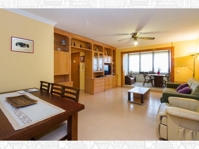 Foto 3 de Apartamento en Gandia ,Playa De Gandia / Urbanizaciones  - Santa Anna - Las Estrellas, Gandia