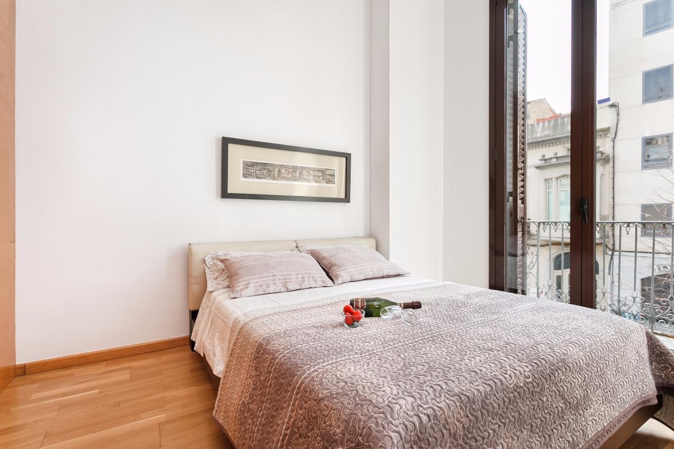 Saisonmiete Etagenwohnung  Calle la riera, 88. Este precioso apartamento esta ubicado en la calle mas prestigio