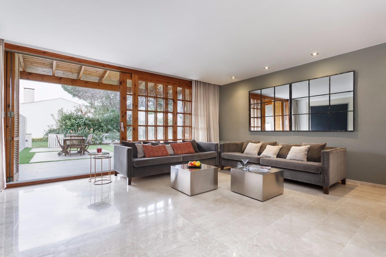 Alquiler de Temporada Casa  Calle muntnya. Preciosa casa situada a tan solo 20 km de barcelona  y a 3 km de