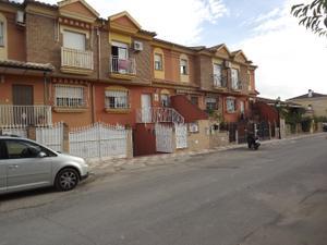 Chalet en Alquiler en De Albolote, 54 / Atarfe
