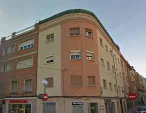 Local comercial en Alquiler en Pare Rodes / Nou Barris
