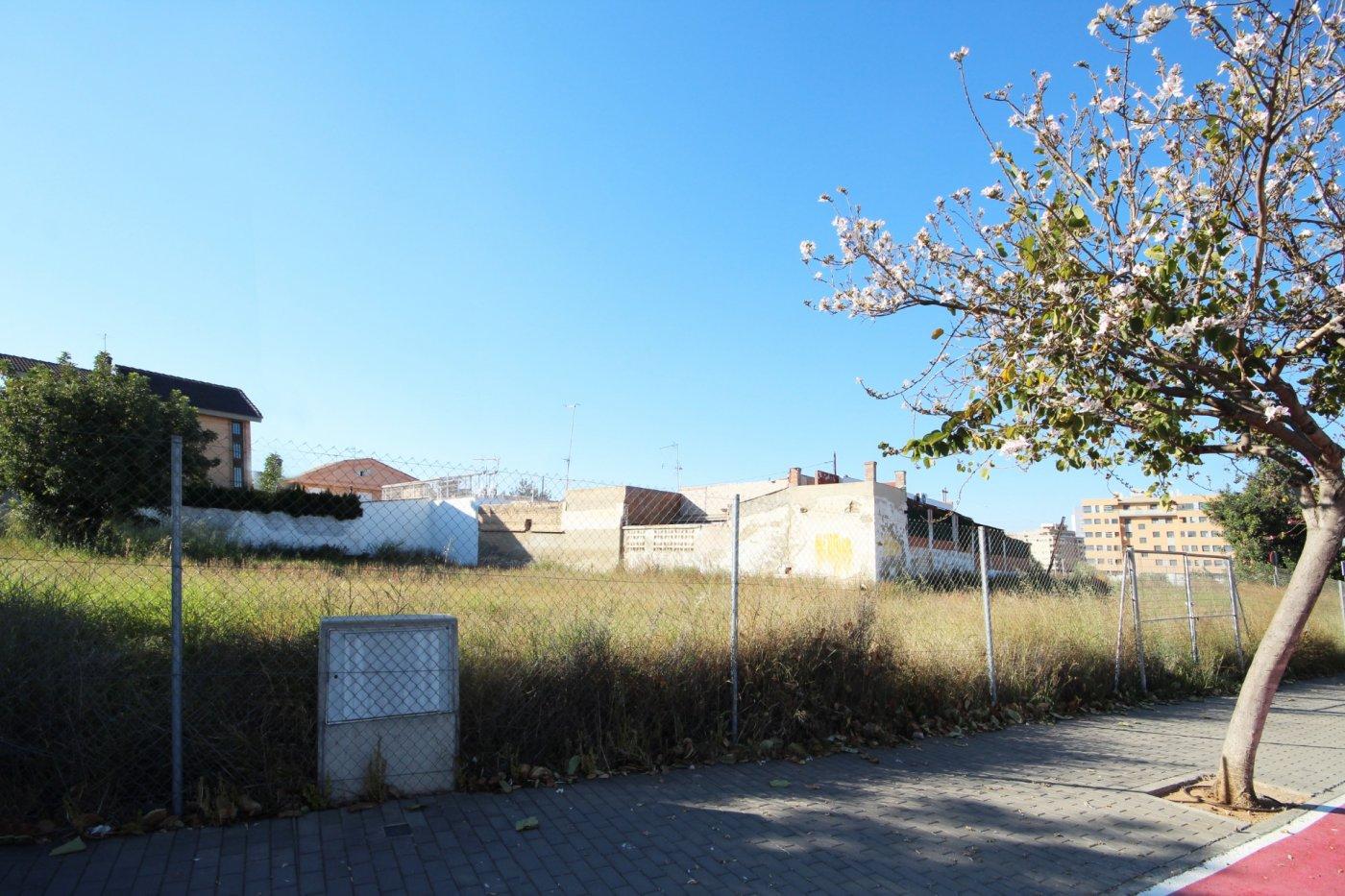 Solar urbà  Torrent ,parc central. Parcela en venta en zona parc central