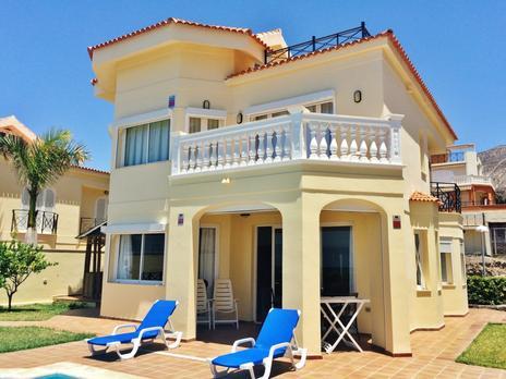 Häuser zum verkauf möbliert in España