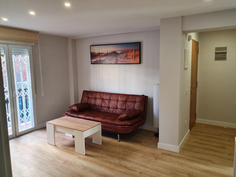 Location Appartement  Calle cavallers, 5. Hoy tu puedes disfrutar de este precioso piso,exterior,90 m2,4 d