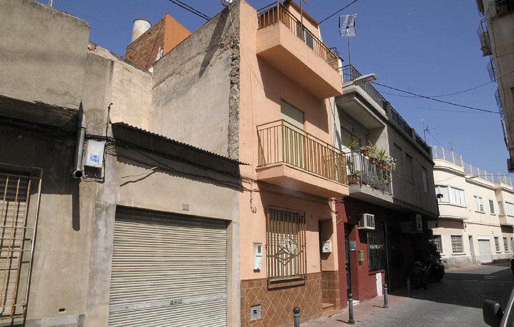 Casa adosada en venta en San Antonio, 26