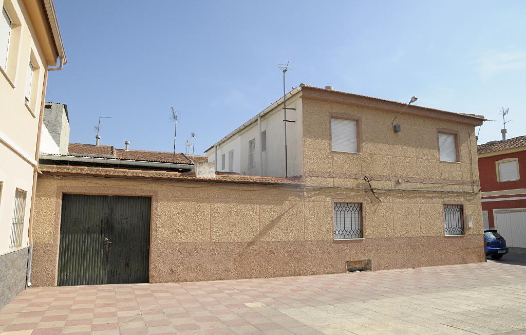 Casa adosada en venta en Antonio Machado, 11