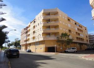 Apartamento en Venta en Hermanos Bazán / Guardamar Centro - Puerto y Edén