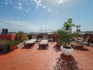 Casas de compra con terraza en Barcelona Capital
