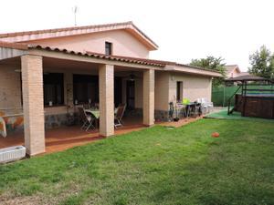 Chalet en Venta en Perdiz / Cabanillas del Campo