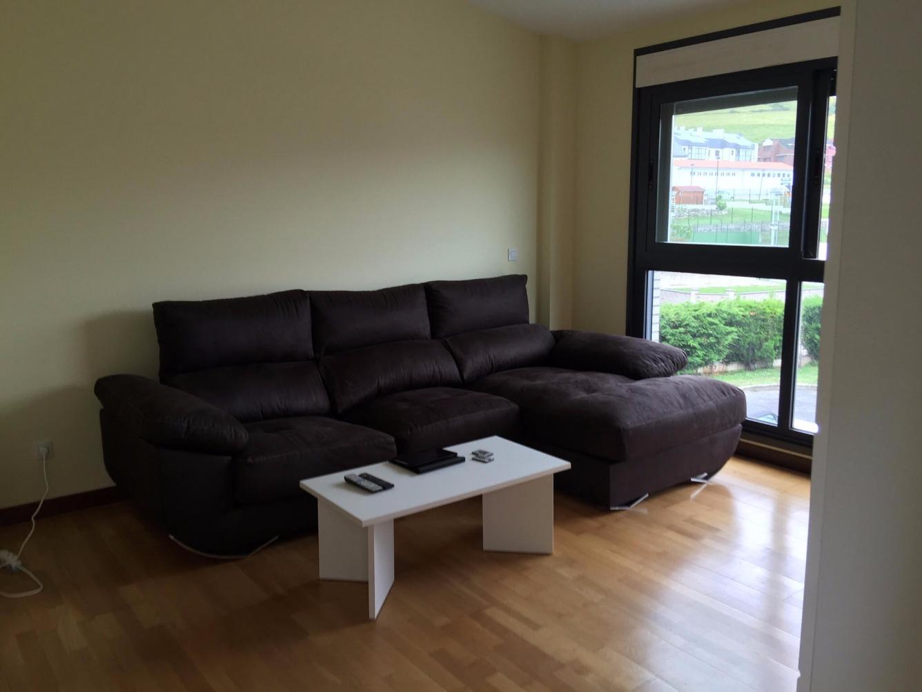 Pisos en alquiler pisos de 2 hab en piso amueblado de for Muebles abello