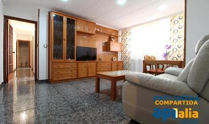 Wohnimmobilien und Häuser zum verkauf in FGC Universitat Autònoma, Barcelona