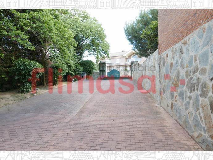 Foto 43 von Haus in Junto Ciudad Financiera Del Bsch / Casco Antiguo, Boadilla del Monte