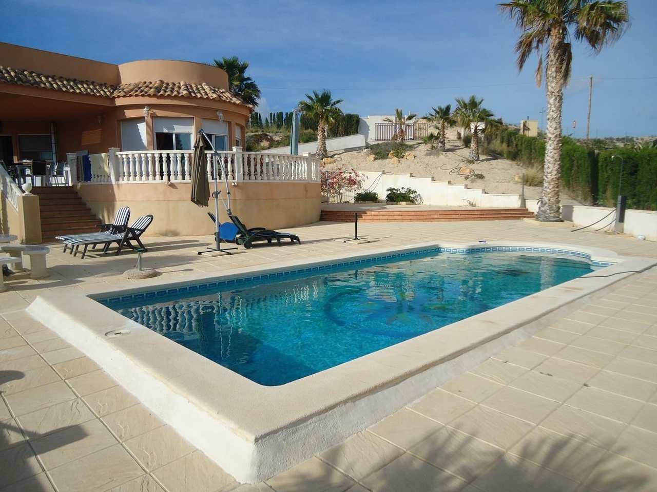 Casa  Alicante / alacant - moralet - cañada del fenollar. Gran lujo - ¡superocasion! - se vende fantastica y amplia villa