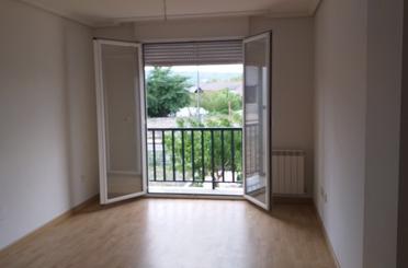 Apartamento en venta en Valdenuño Fernández
