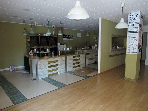 Local Comercial a Sant Cebrià de Vallalta. Local comercial en avenida maresme 6 8396 sant cebria de vallalt