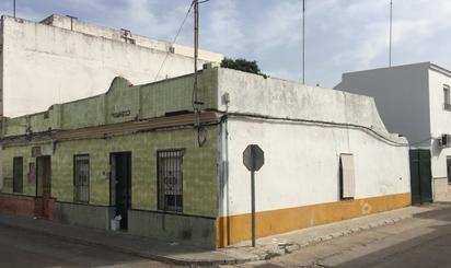 House or chalet for sale in Avenida Coria, Gelves