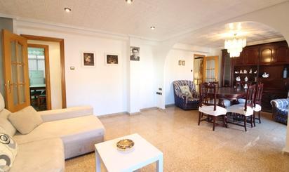 Pisos de alquiler en Cercanías Xirivella - L'Alter, Valencia
