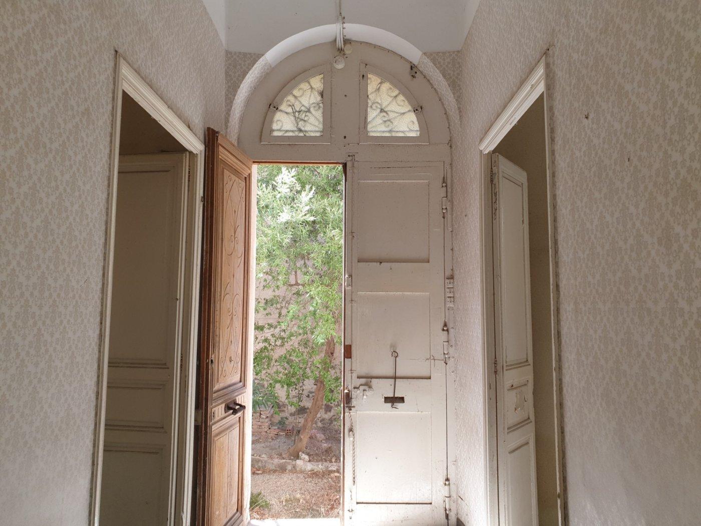 Casa  Portbou ,portbou. Casa histórica en portbou