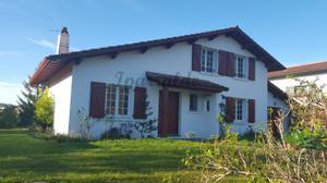 Chalet en Venta en La Glacière / Hendaye