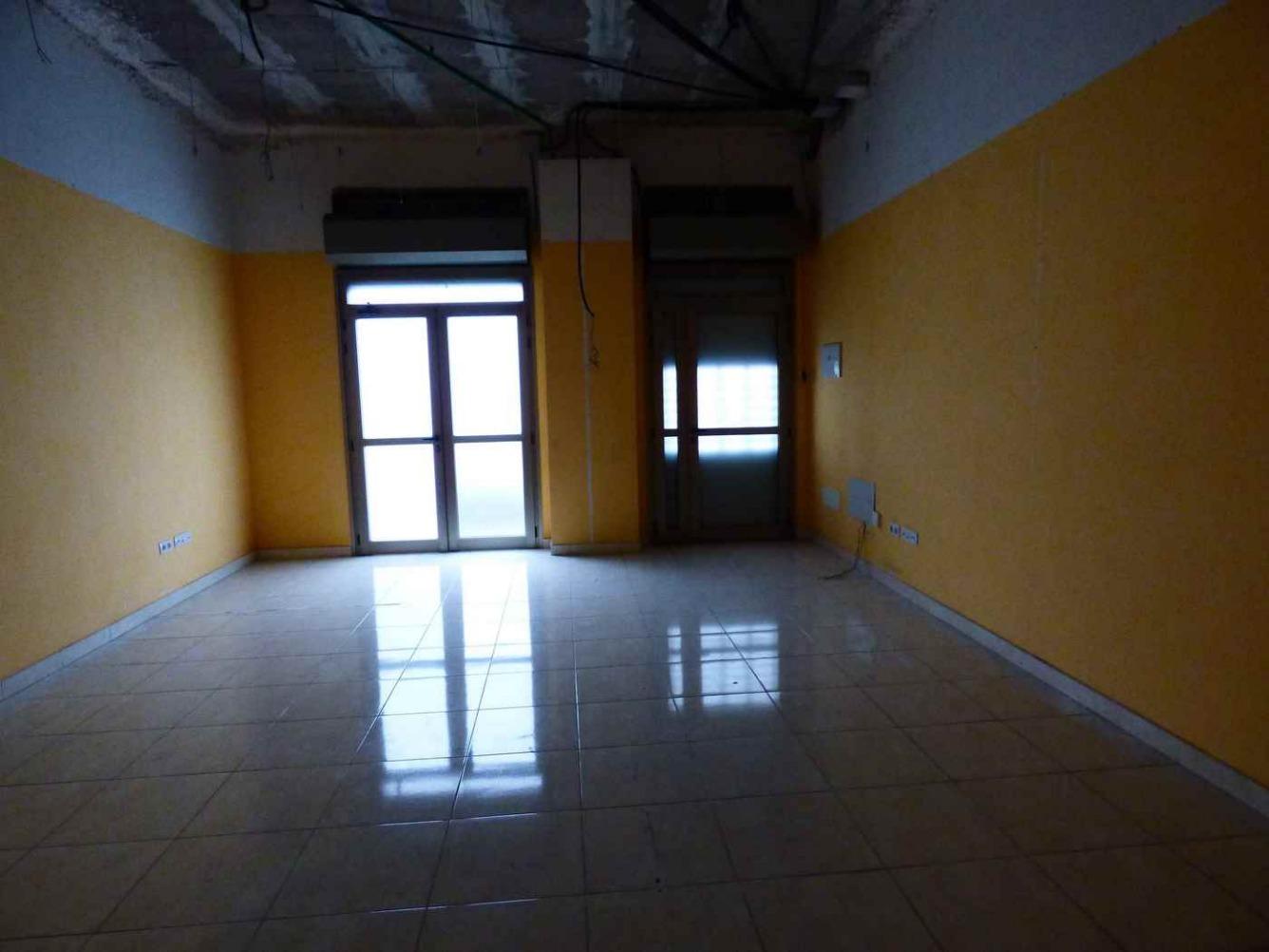 Local en alquiler larga duración con 43 m2,  en Extrarradio (S. C. Ten