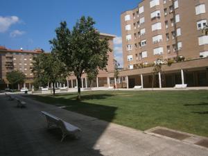 Piso en Alquiler en Francisco Ardanaz, 3 / Burlada / Burlata