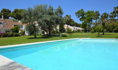 Plantas bajas en venta con terraza en España